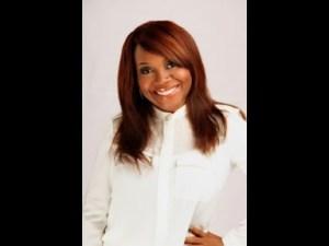 Video: Glowreeyah Braimah – Miracle Worker (Ft. Nathaniel Bassey)